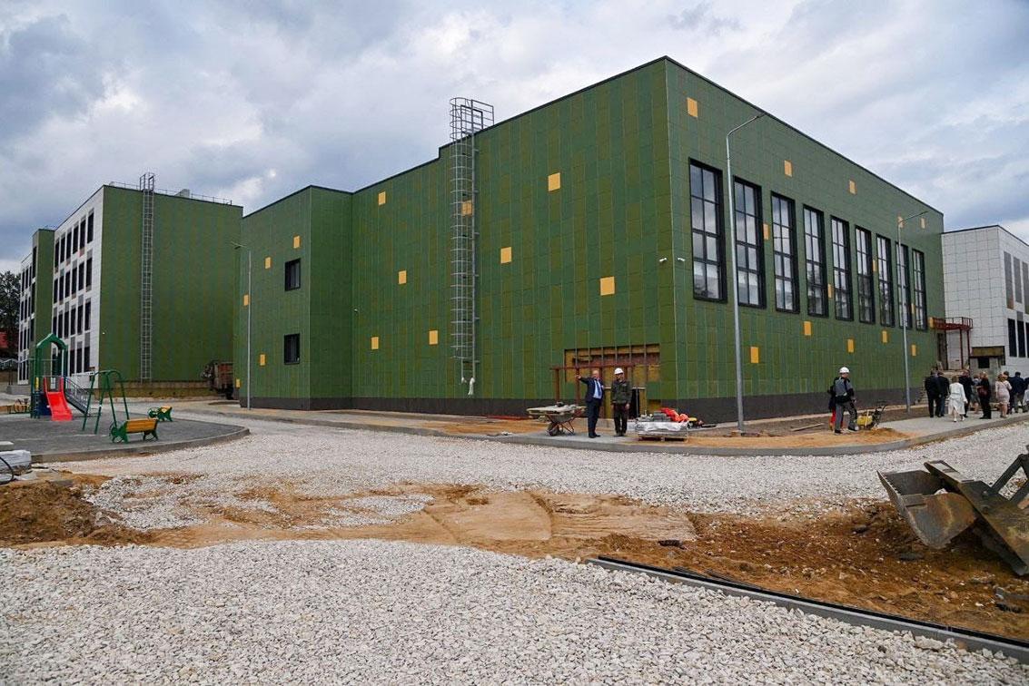 строительство школы в Кондрово аренда опалубки